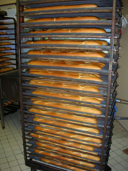 Comparaison boulangerie artisanale et industrielle for Fabrication d un four a pain artisanal
